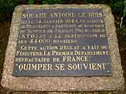 plaque commemorative antoine le bris quimper